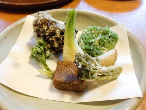 花いかだの山菜天ぷら